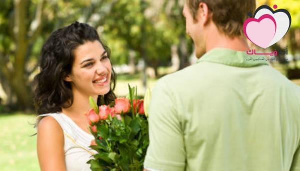 بسطر واحد .. الأبراج تكشف الفرق بين المرأة والرجل في الحب